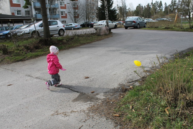 Amalia lähti ilmapallon perään