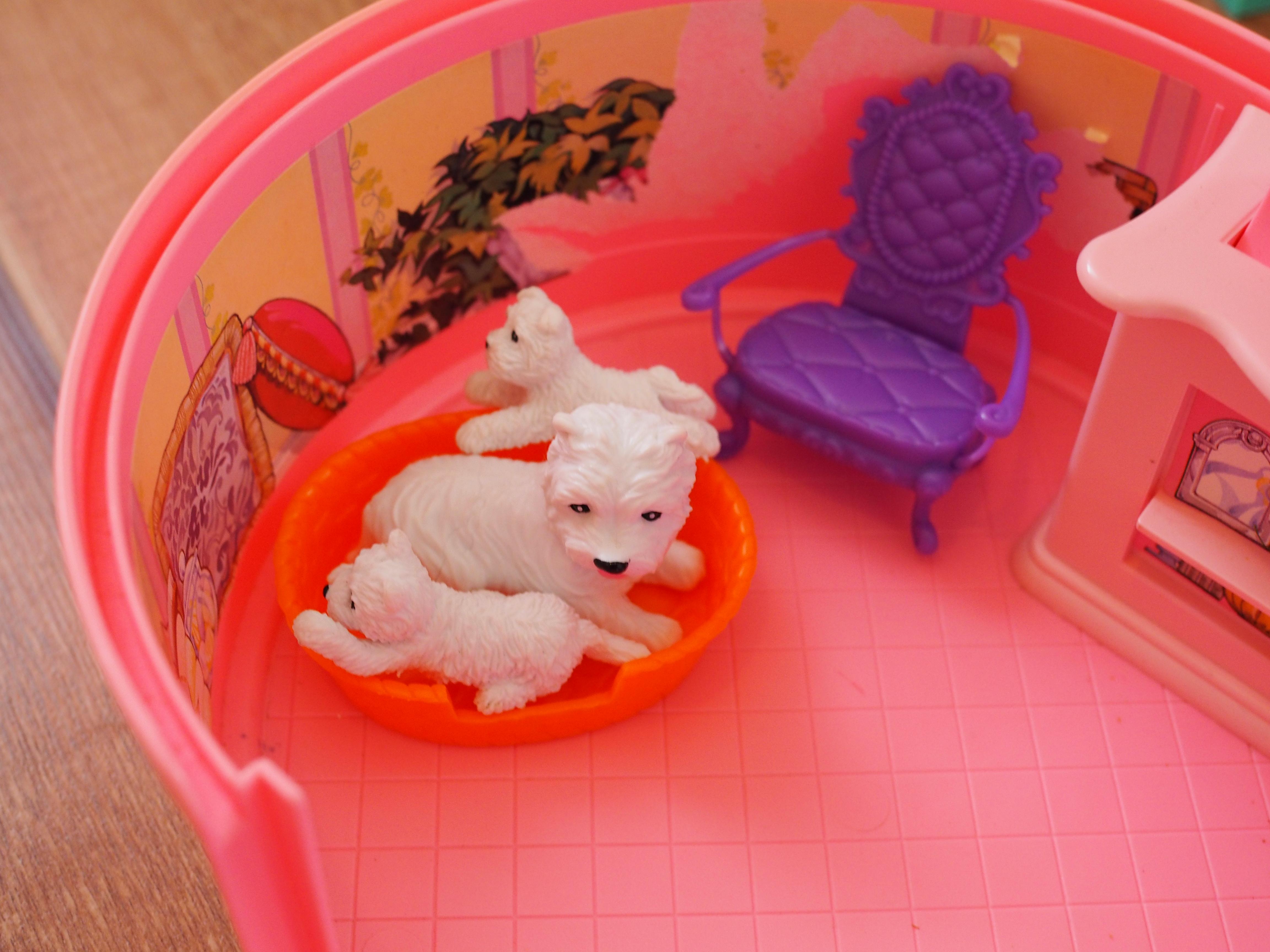 Barbie matkalaukku