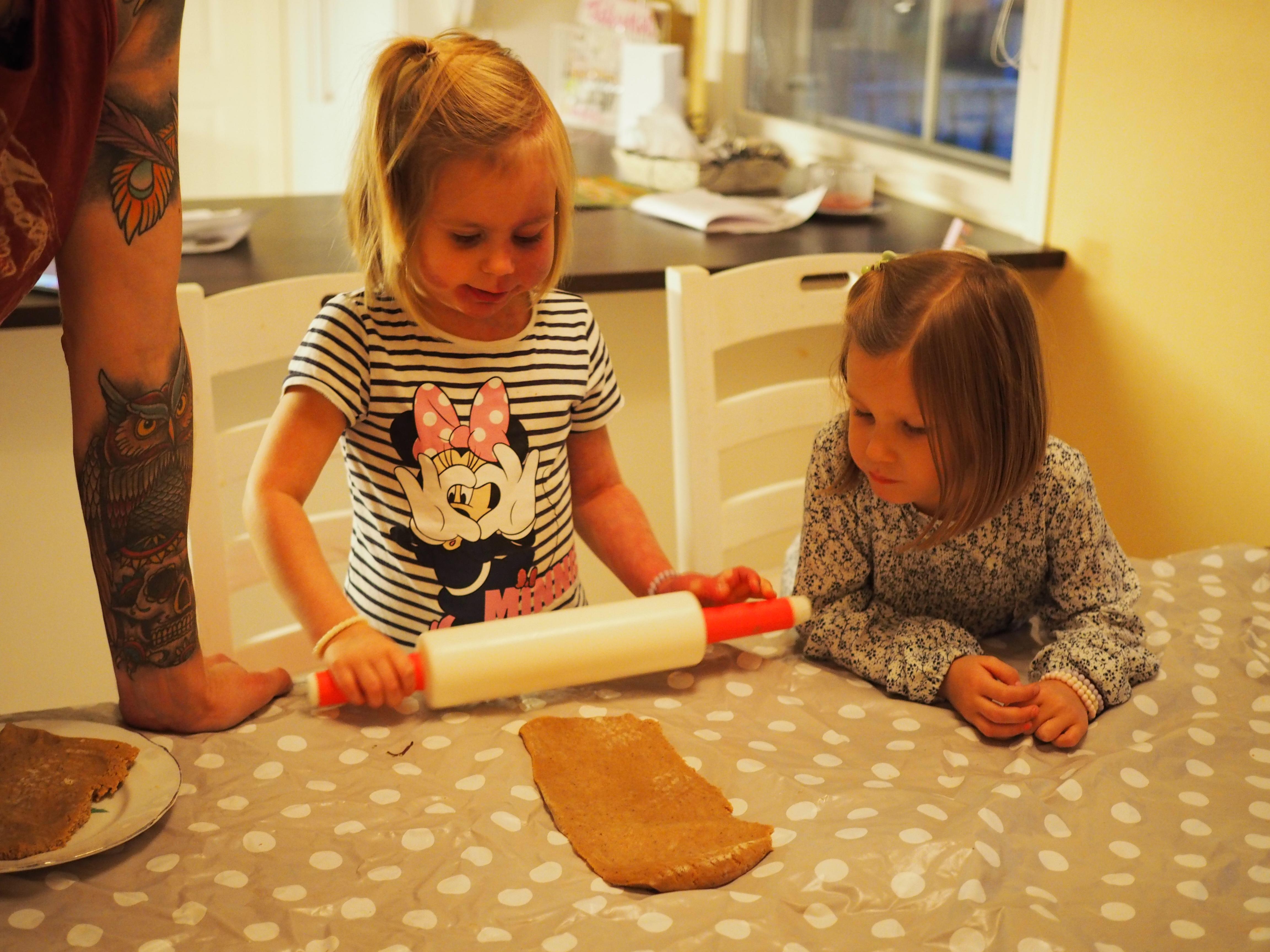 Piparien leivonta