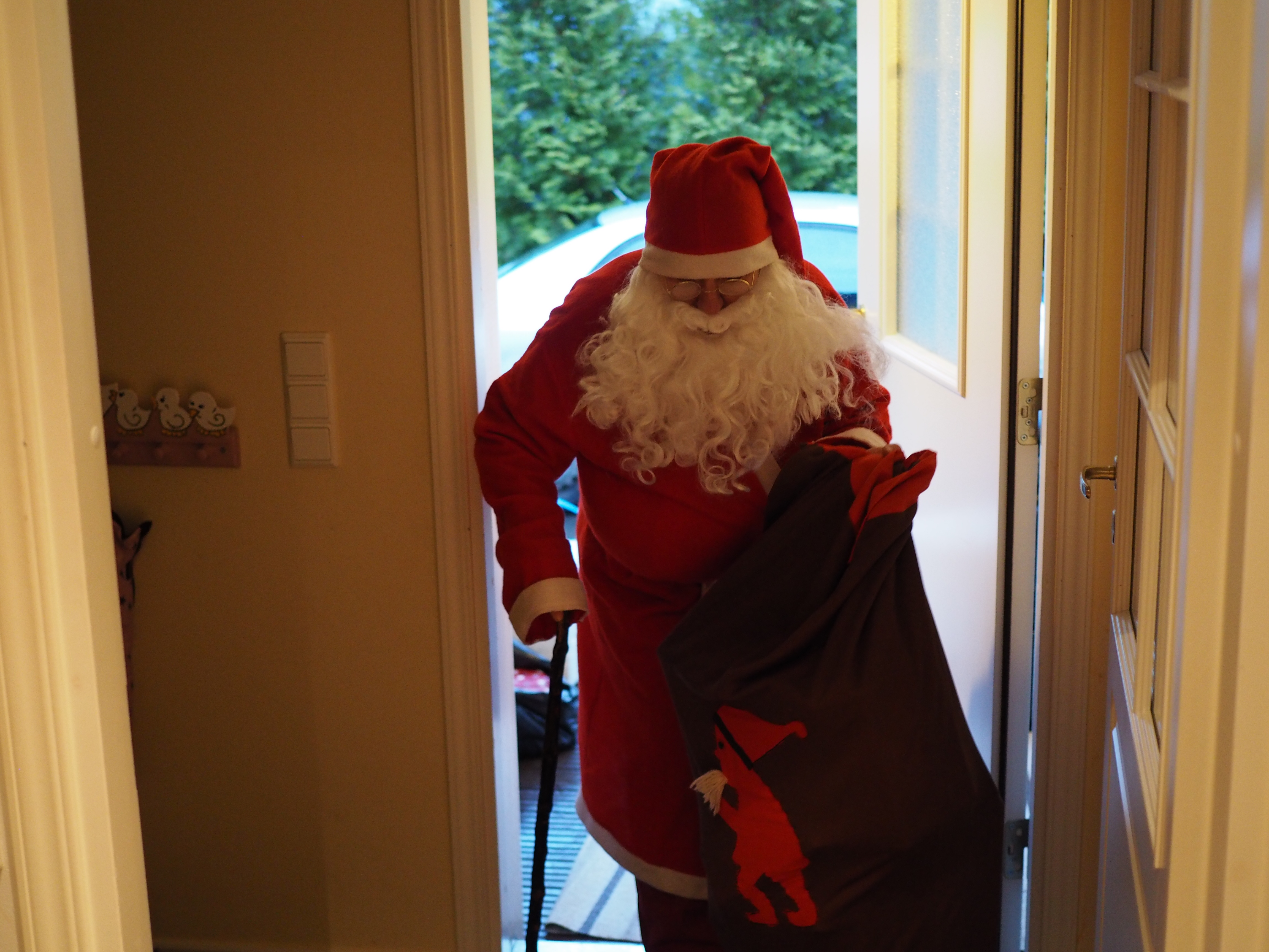 Sieltä se joulupukki tuli!