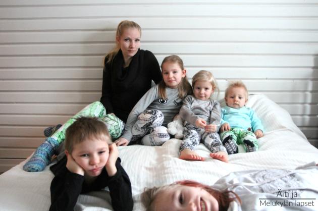 aiti-ja-melukylan-lapset-perheeni