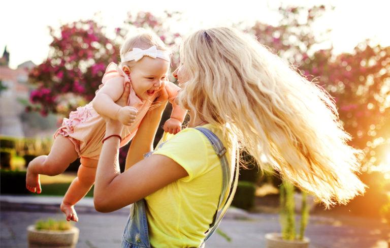 10 pahinta harhaluuloa äitiydestä