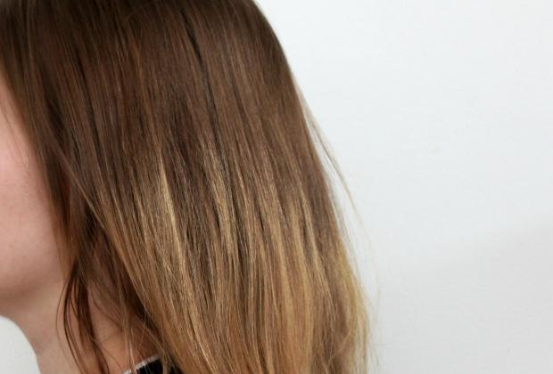 Naisten hiukset Elivo testaus