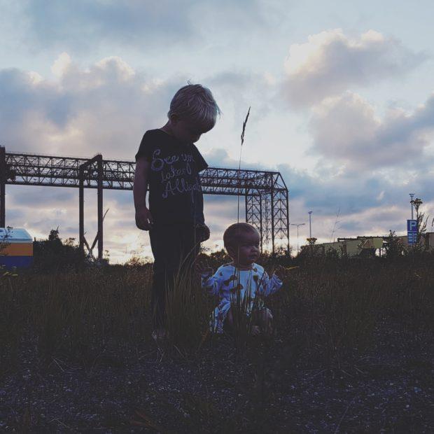Lapset ilta maisema