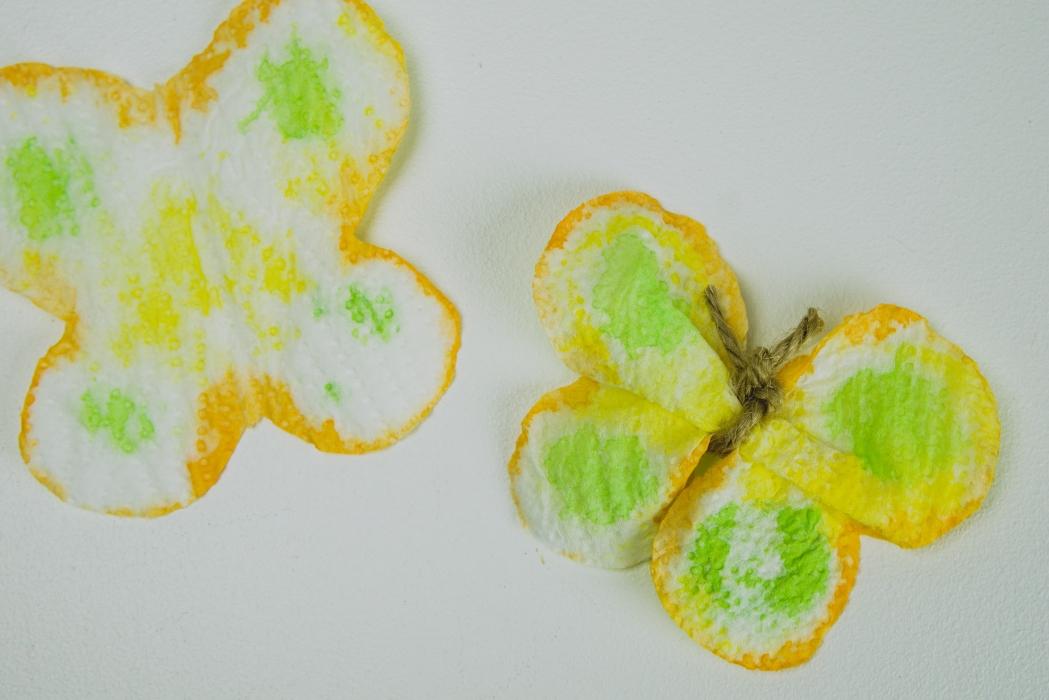Perhoset vessapaperista