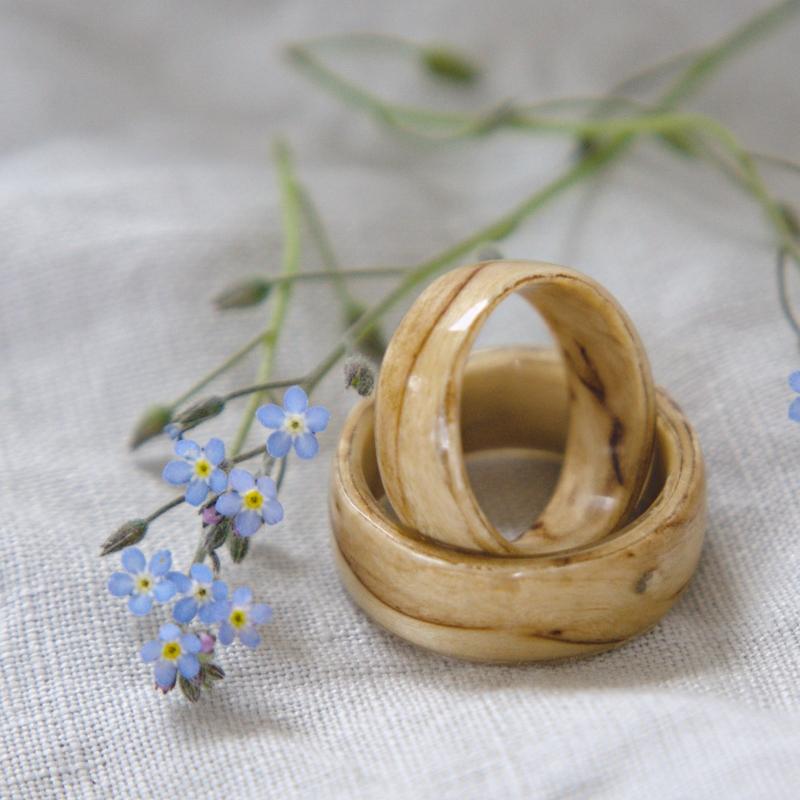 puinen sormus visakoivusta