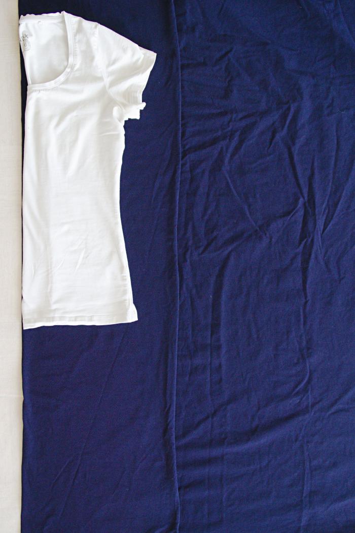 trikoomekko t-paidan pohjalta