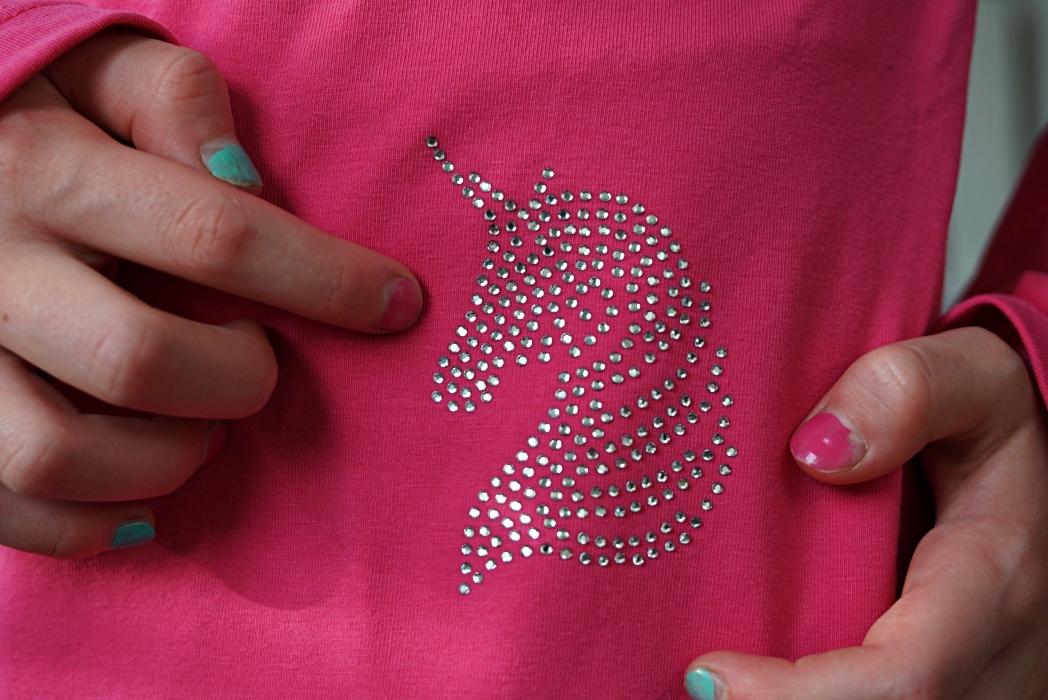 timantti paita yksisarvinen