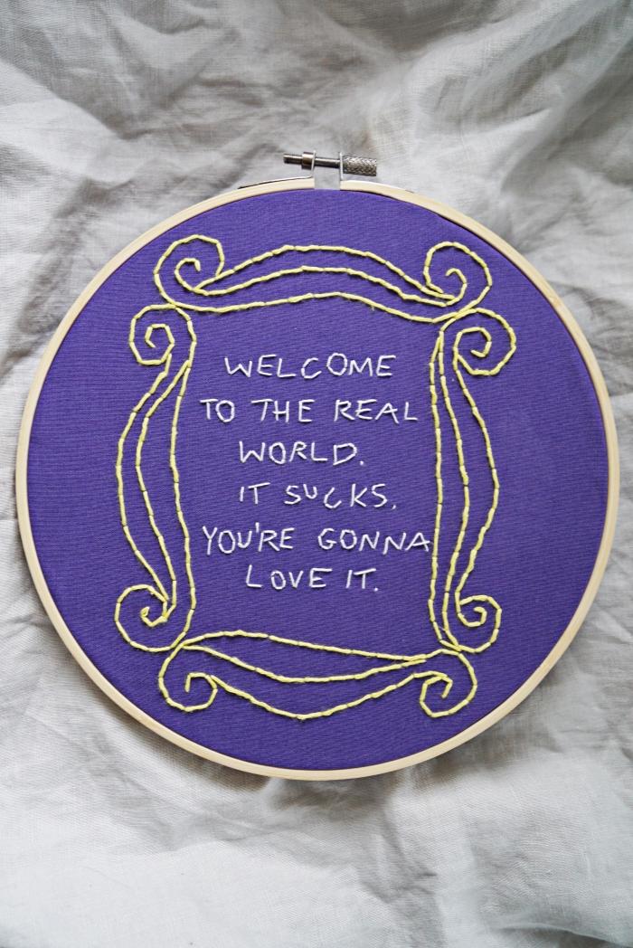 Frendit kirjonta Friends embroidery