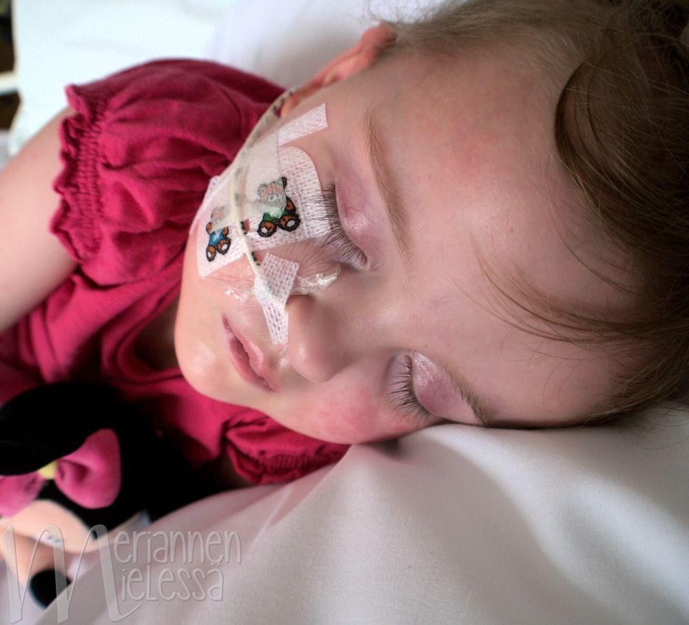 terve_lapsi_sairaalassa