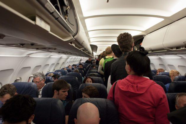 plane-691084_1280