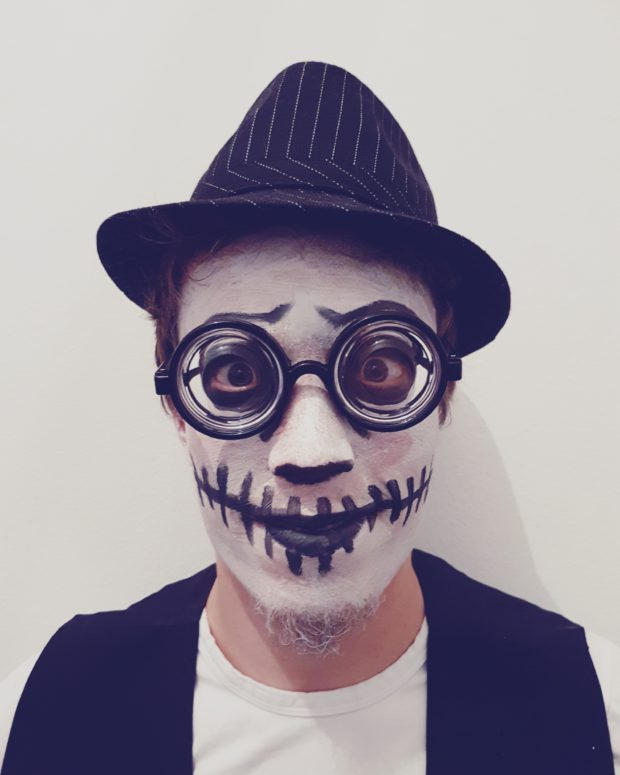 Halloween asu mies