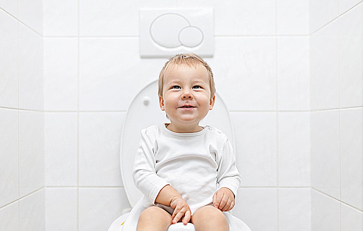 Lapsen kanssa yleisessä vessassa asioidessa kannattaa pitää mielessä nämä asiat.