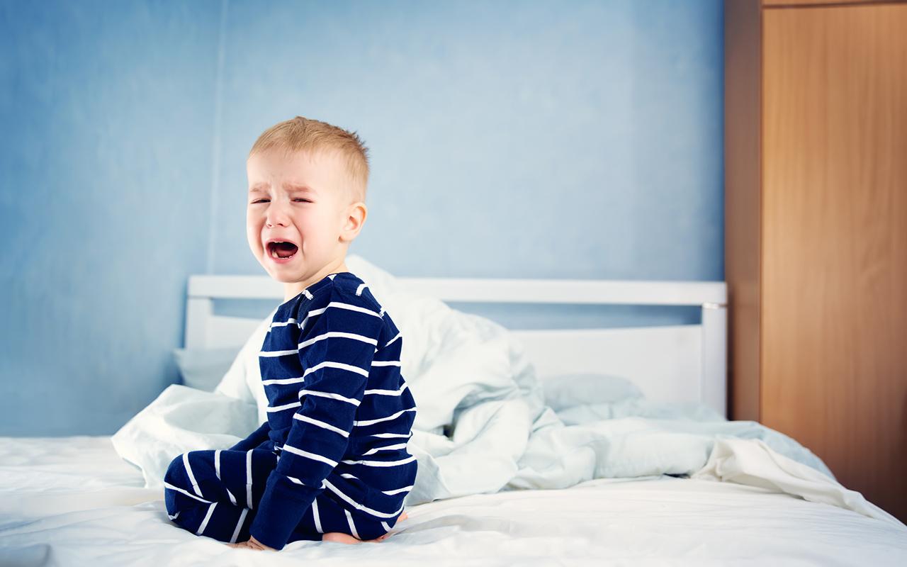 Yökastelu on yleinen lasten vaiva.