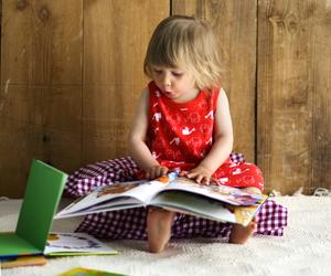 Katso #lukuhetki-videoita ja lue lastenkirja