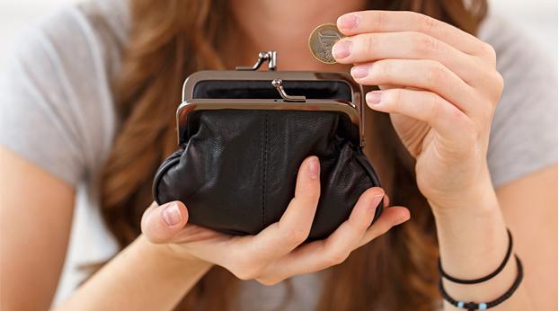 Saanko palkkaa äitiyslomalla? Äitiysloman palkka ja äitiysvapaa-ajan palkka mietityttää monia