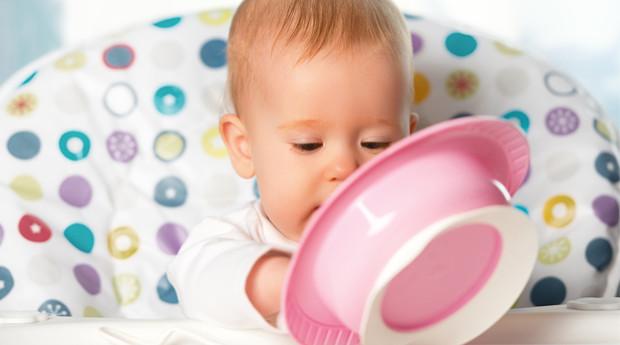 Näin aloitat sormiruokailun vauvalle
