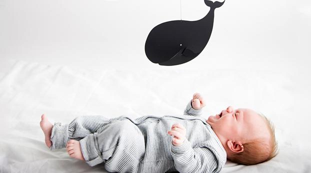 Näin opetat vauvalle vuorokausirytmin