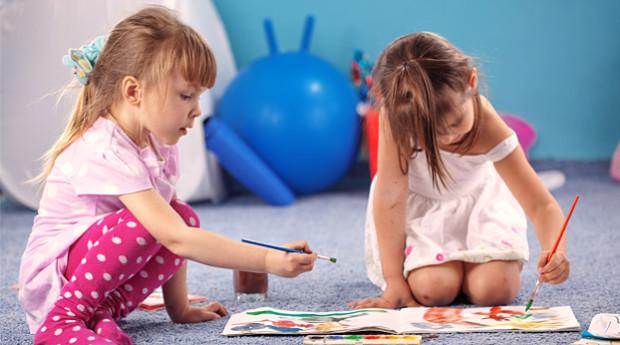 Näin autat lasta saamaan ystäviä