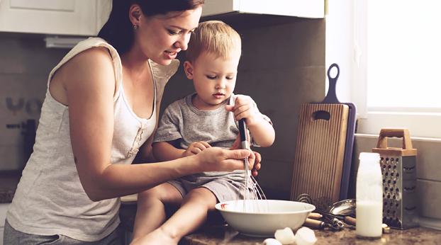 Hidas vanhemmuus: 4 vinkkiä arjen hidastamiseen