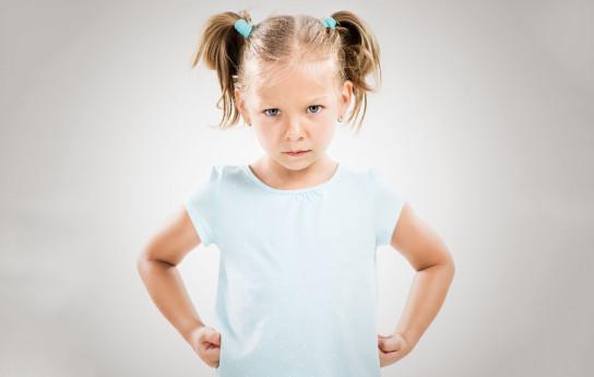 Määräileekö, alistaako ja kiristääkö kaveri lasta? Toimi silloin näin