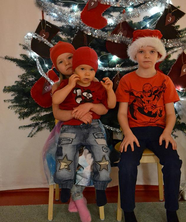 Äitilandia-blogin Helenan joulukorttikuva