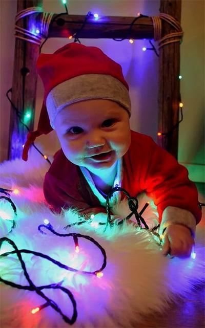 Leon, 7kk, ensimmäinen joulu vuonna 2014, Essi Eronen