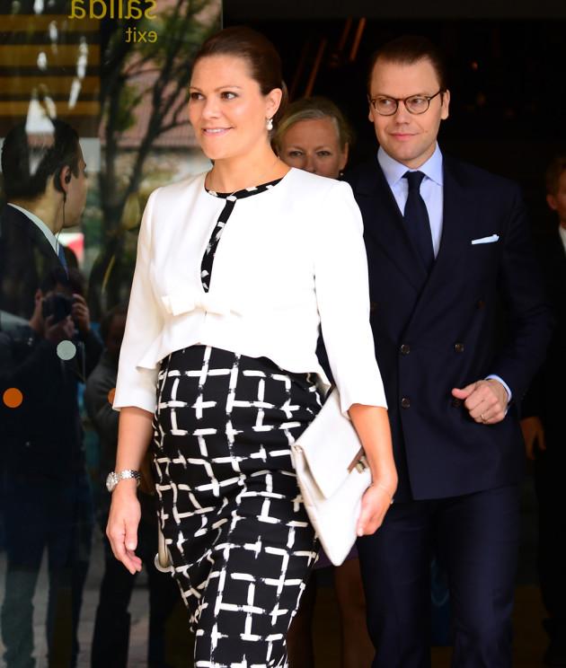 Kruununprinsessa Victorian ja prinssi Danielien toisen lapsen laskettu aika on maaliskuussa.