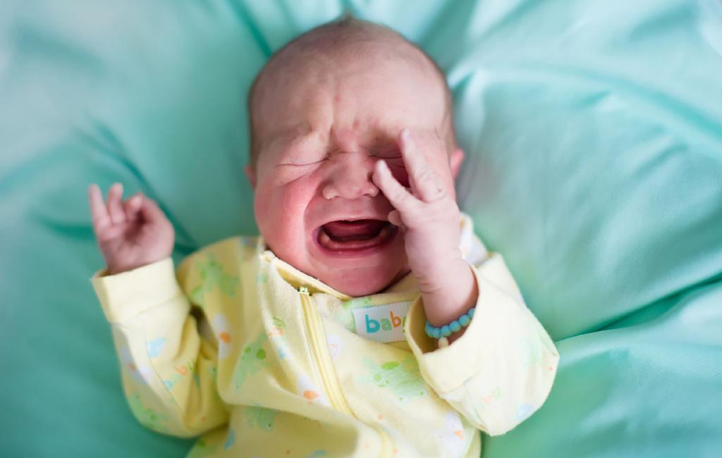 Miksi vauva itkee?