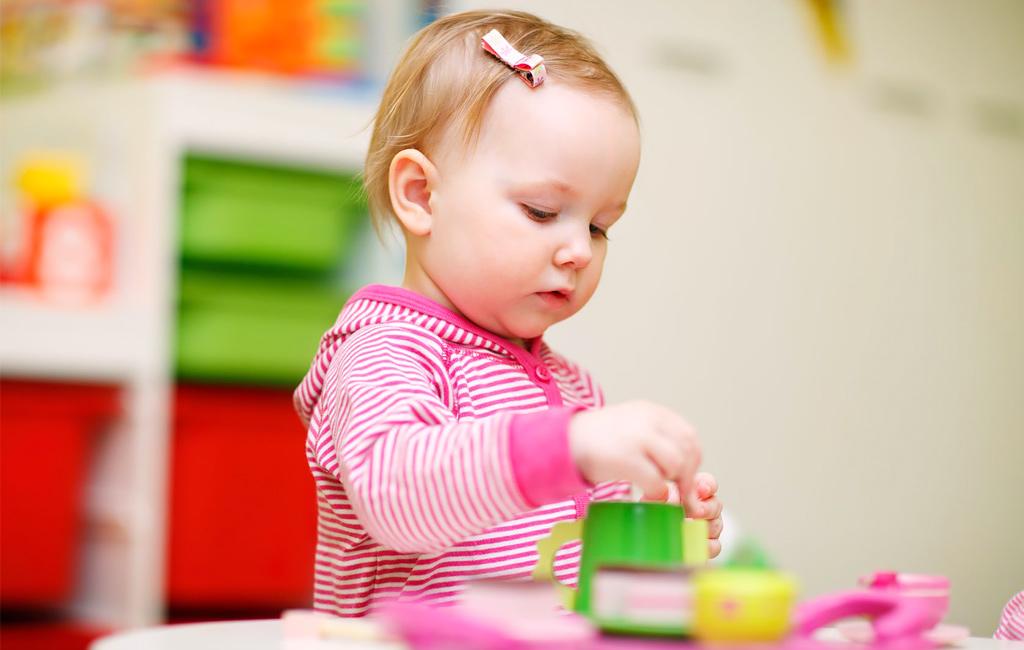 Päiväkodin aloitus voi olla lapselle rankkaa