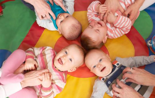Näitä voit harrastaa vauvan kanssa – 10 kivaa ideaa