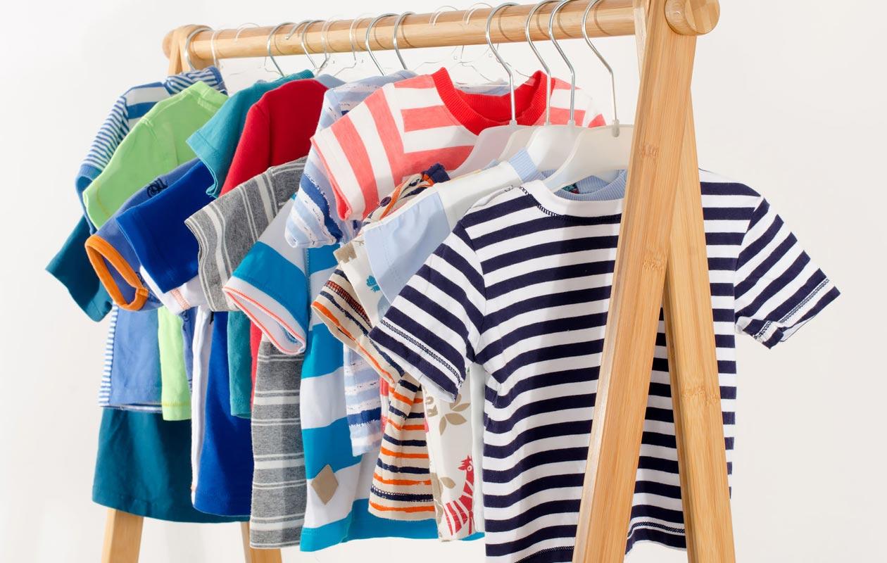 Lasten vaatekaaos kuriin: 5 vinkkiä vaatekaapin järjestämiseen