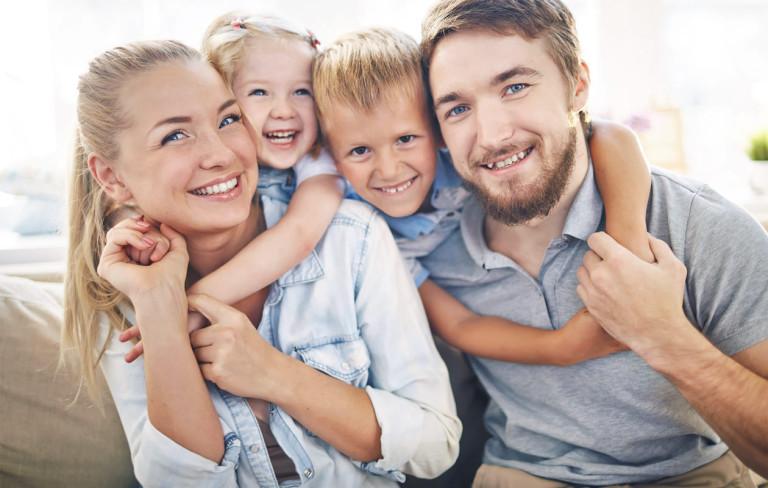 Perhehoroskooppi – näin tähtimerkit vaikuttavat perhedynamiikkaan
