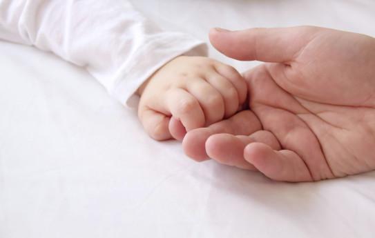 Vauvan pulauttelun syyksi paljastui maksakirroosi