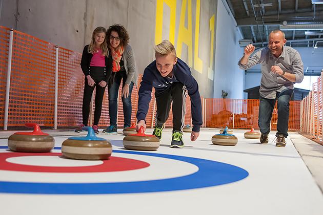 Curlingia Heurekassa . Kuva: ©Experimentarium