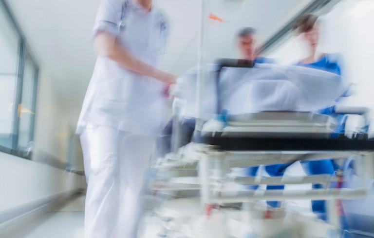 Aino-vauvan perhe selvisi äidin aivoinfarktista