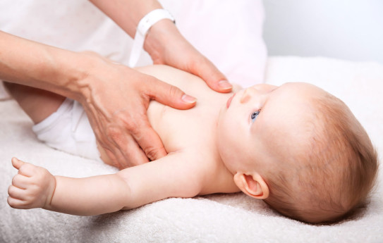 Onko osteopatiasta apua vauvan uniongelmiin?