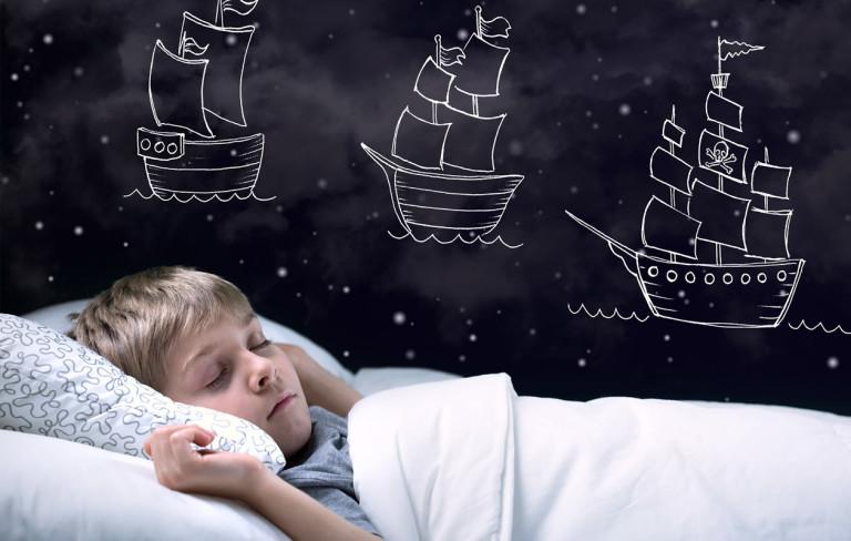 Kouluikäisen yökastelun syynä voi olla pelko tai malttamattomuus