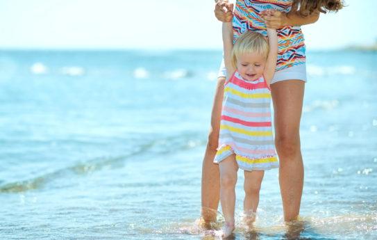 9 säästövinkkiä perhelomalle