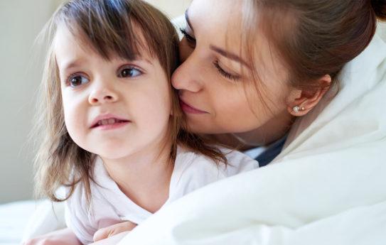 Lapsi opettaa iloa ja itsevarmuutta – vanhemmuuden 20 upeinta asiaa