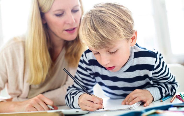 Tunnista lapsesi oppimistyyli ja autat häntä oppimisessa