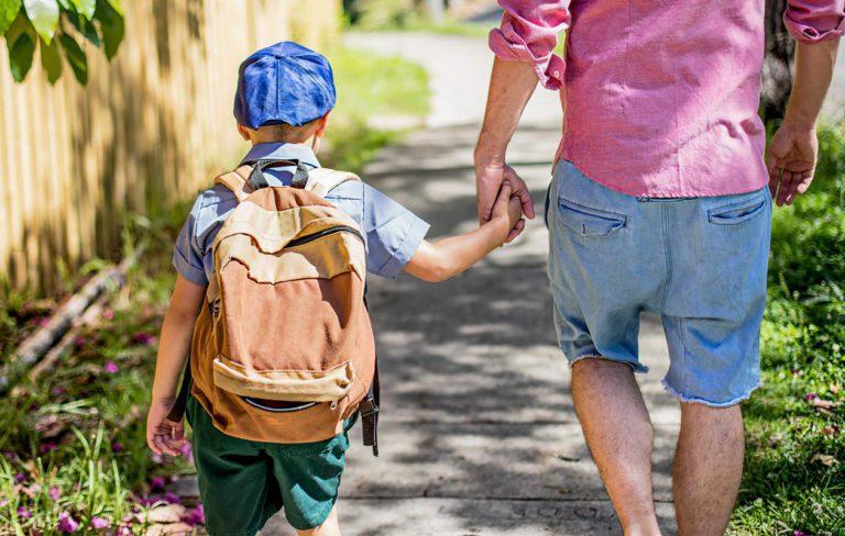Lapsen liikenneturvallisuus: 10 vinkkiä liikenteessä liikkumisen opetteluun