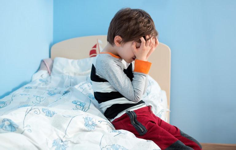 Kastelu lapsella: Näin hoidat vaivaa