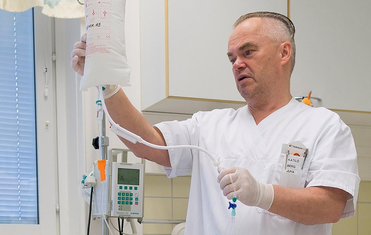 """Mieskätilö Juha, 59: """"Olen auttanut lapsenlapseni maailmaan"""""""