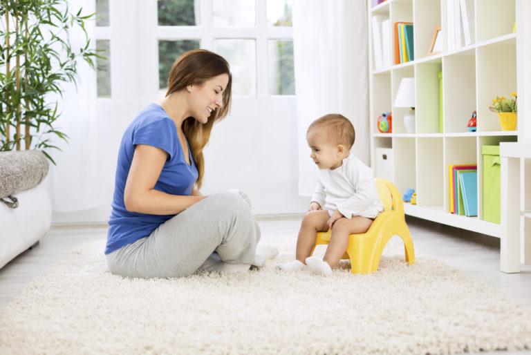 kuivaksi opettelu vaatii vanhemmilta uskallusta jättää vaippa pois