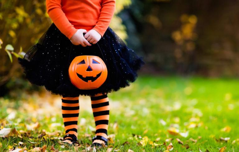 6 helppoa vinkkiä Halloween-juhlien järjestämiseen