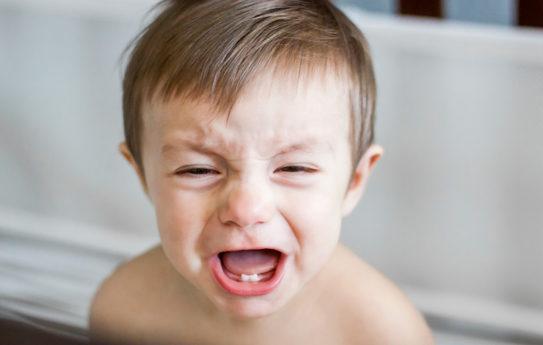 Lapsen vatsakipu: 10 mahdollista syytä