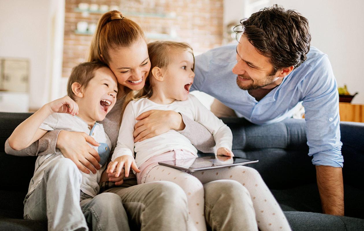 Ekstrovertit saavat enemmän lapsia kuin introvertit