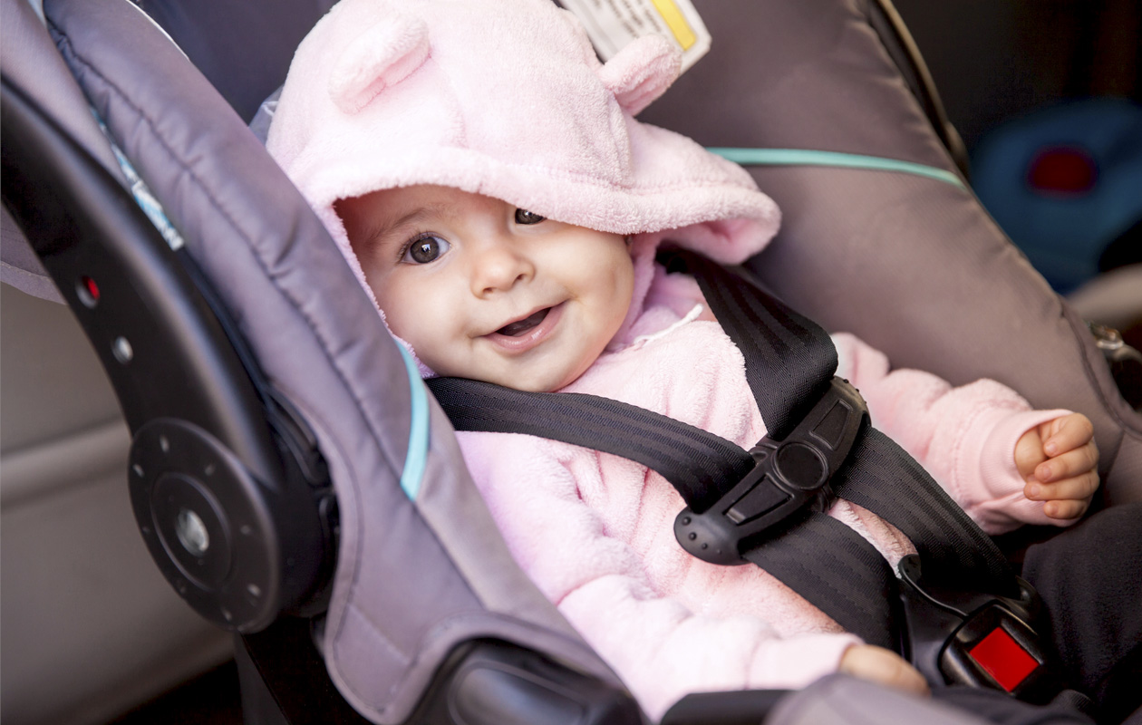 lapsiperheen turvallinen autoilu