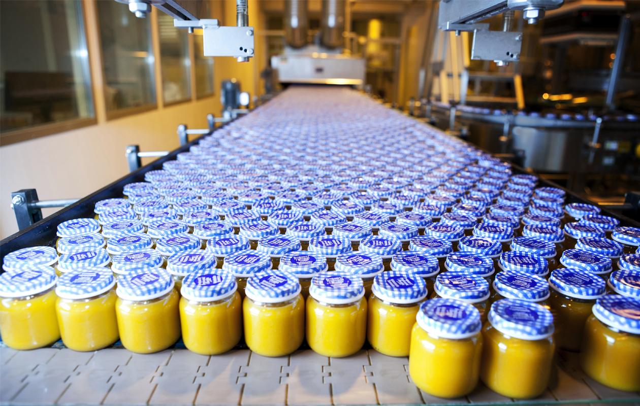 Piltti-tehtaalla valmistuu valtavia määriä lastenruokaa